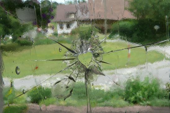 glass-423551_1920